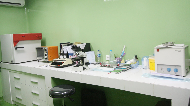 Ruang-Lab-IVF-Clinic-Bali-Royal-Fertility